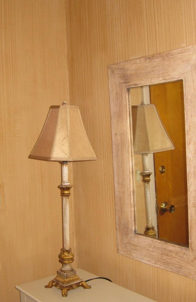 Golden striae glaze painted in entry hallways.