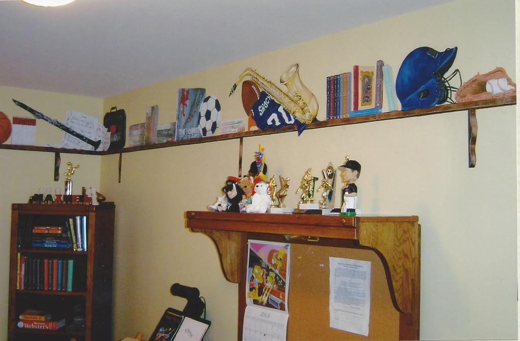 Additional view of the painted shelf