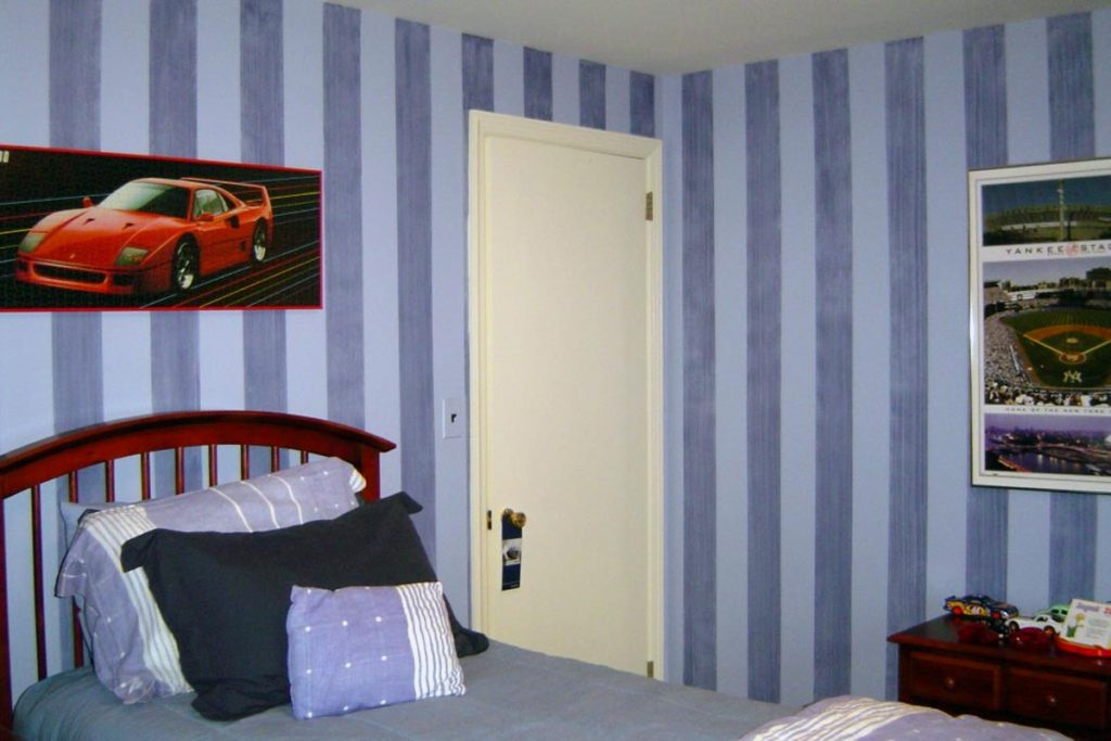 Denim striae glaze stripe painted in bedroom.