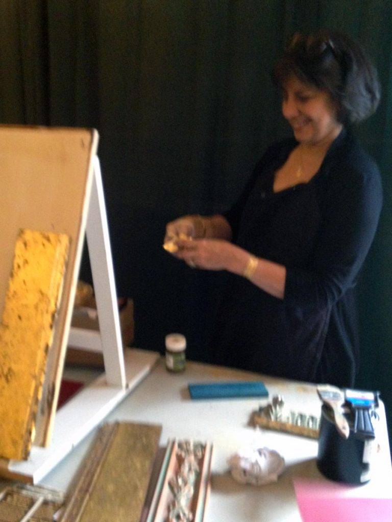 Aliya Riaz led a Gilding and Metal Leaf seminar, and demonstrated some techniques