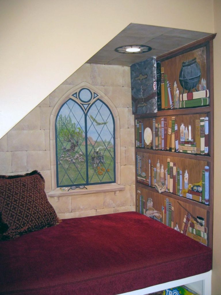 Under the stairway is the perfect cozy spot to paint a Harry Potter themed mural nook, except for one issue…. Harry Potter themed stairway alcove mural. Harry Potter themed stairway alcove mural.